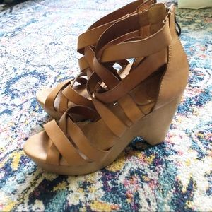Lucky Brand Strappy Wooden Wedge Sandals Size 10
